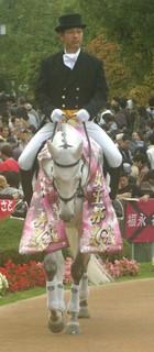 エリザベス女王杯の誘導馬4.JPG